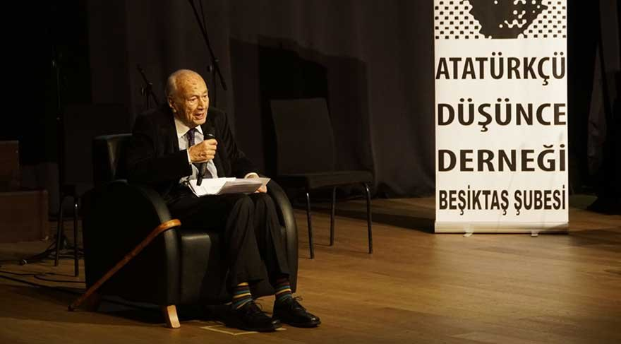 Aydınlanma Ödülü'nü alan Hıfzı Topuz: 'Zafer Atatürkçülerin olacak'