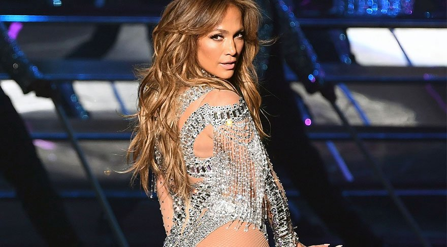 """Jennifer Lopez """"Formumu ve sağlığımı yogaya borçluyum"""""""