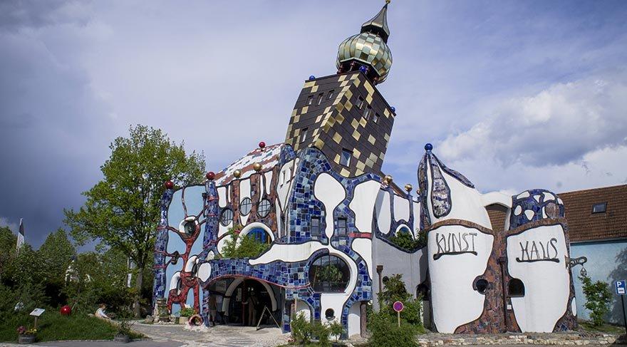 Almanya'nın mimarisiyle dikkat çeken bira fabrikası