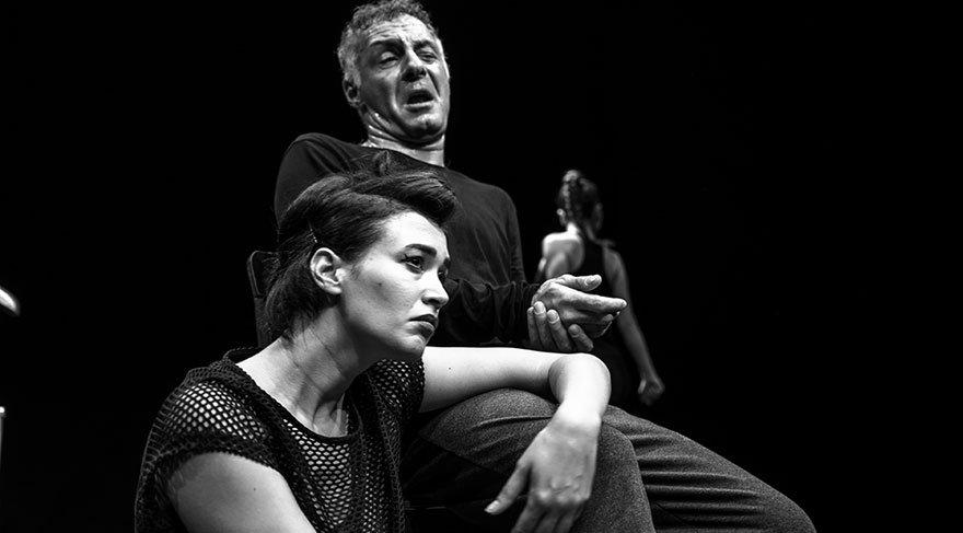 Baba Sahne'de yeni bir oyun: Kanlı Komedya Caligula