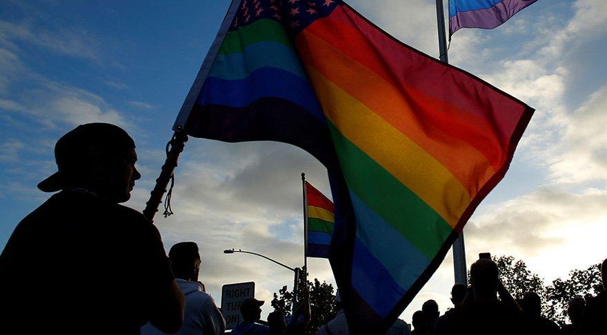 Avustralya'da eşcinsel evlilik yasallaştı