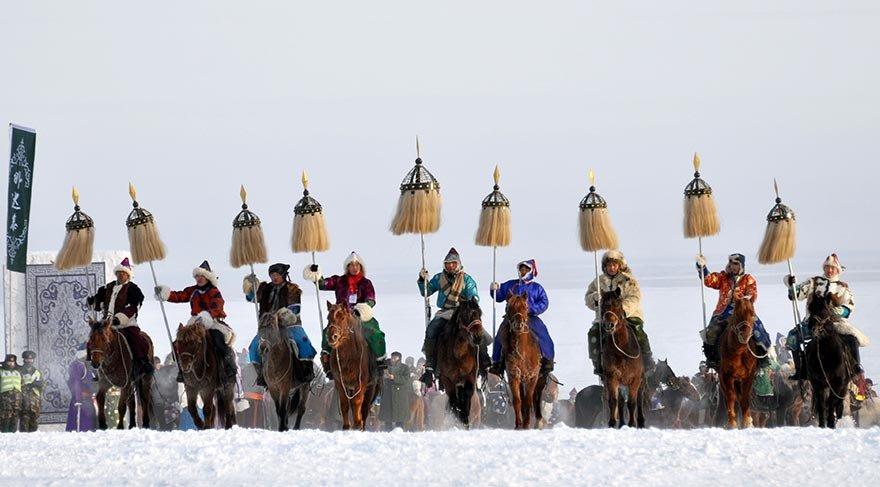 İç Moğolistan'daki Nadam Festivali