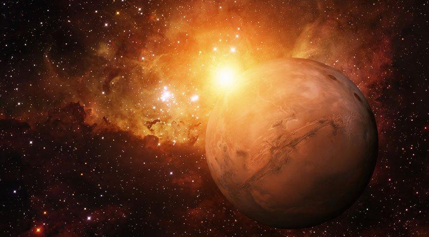 NASA'dan bir ilk! Mars'ın vesikalık fotoğrafını çektiler