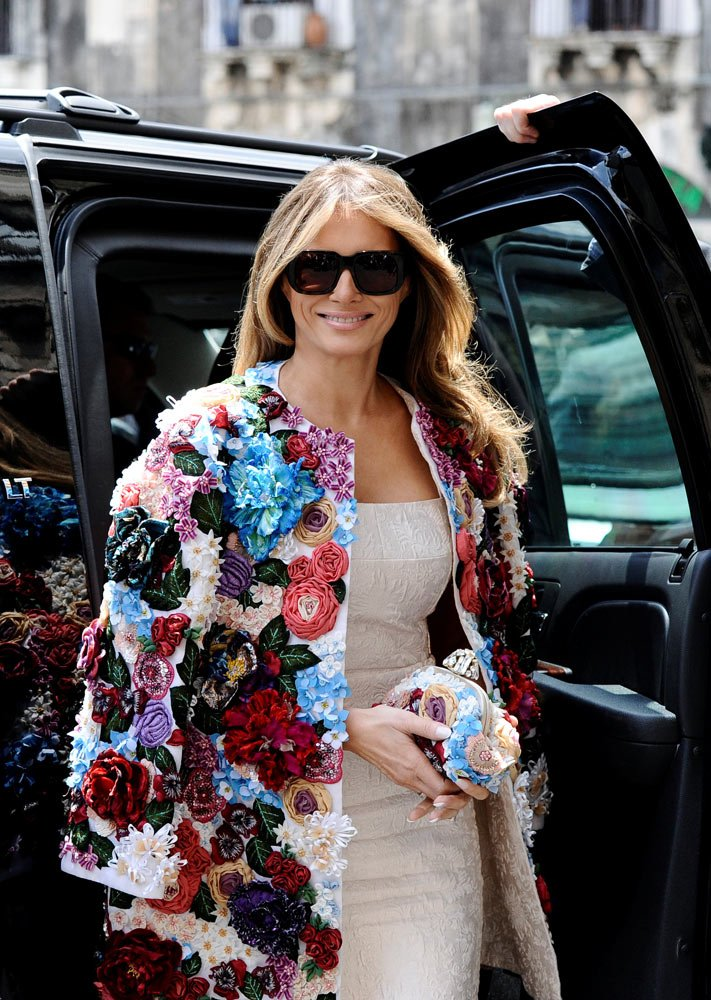 Melanie Trump'ın Dolce&Gabbana çiçekli ceketinin de markaya büyük etkisi olduğu konuşuluyor.