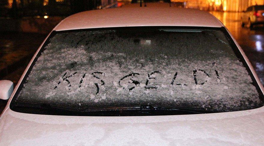 Son dakika: İstanbul'a ilk kar indi