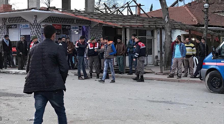 Sakarya'da kahvehaneyi kurşun yağmuruna tuttular! 3 yaralı