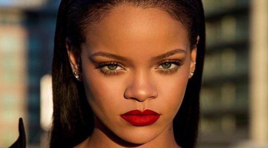 Rihanna'yı yıkan haber! Öldüğünü açıkladı