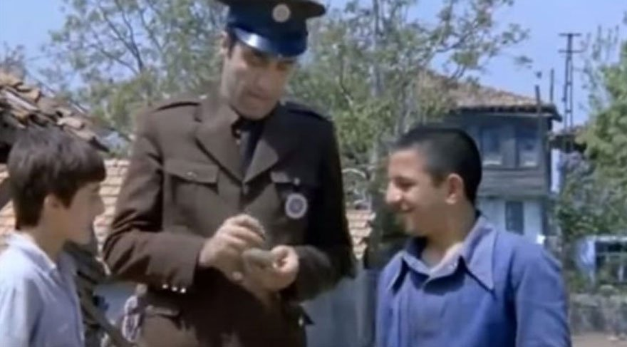 Yeşilçam filminde güldüren hata!