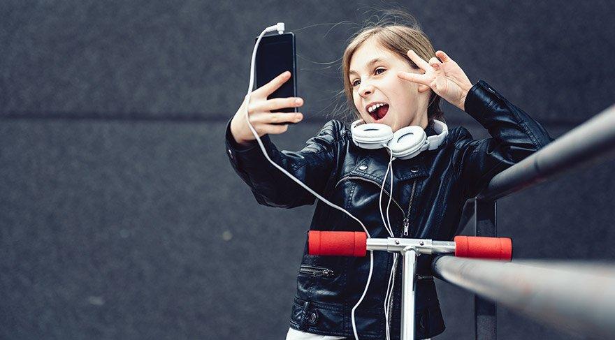 Twitter'dan itiraf gibi açıklama: Sosyal medya gençleri intihara sürüklüyor