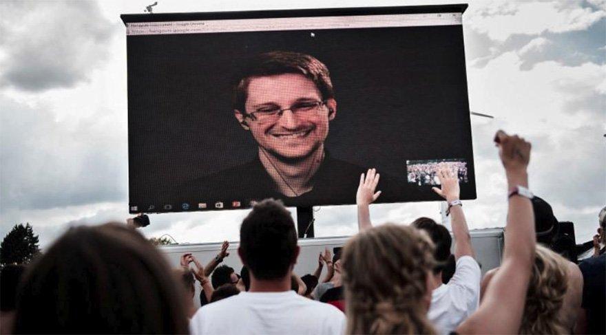 Snowden 2013 yılından bu yana Moskova'da sürgün hayatı yaşıyor.