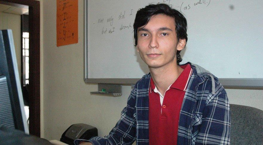 Türk lise öğrencisi Apple'ın açığını buldu!