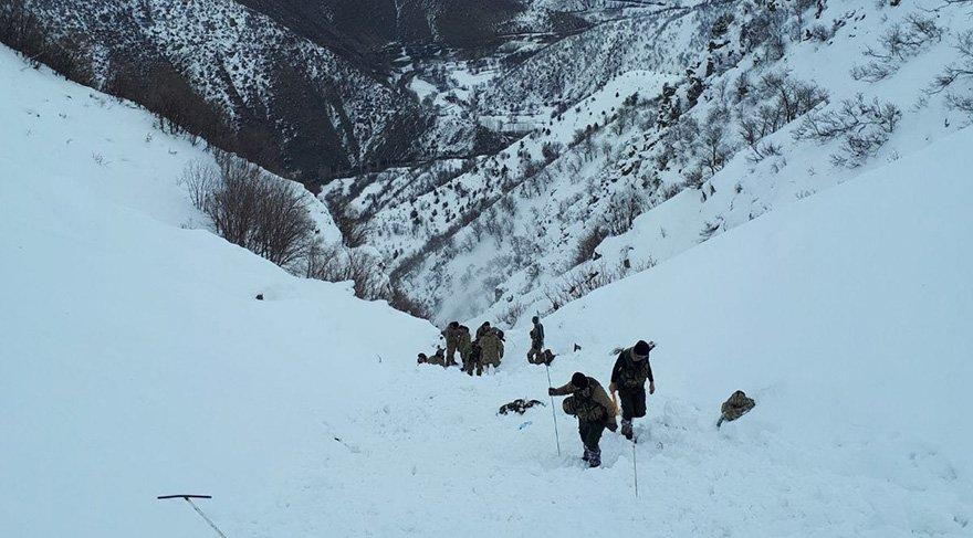 Bitlis'te çığ felaketi: 5 şehit, 3 asker kayıp, 12 asker yaralı