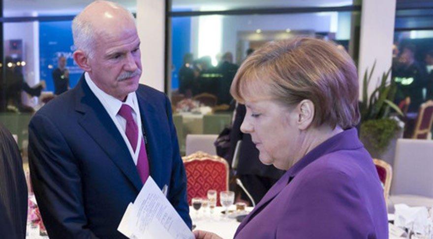 Türkiye karşıtlarına hep karşı durdum Türkiye ile AB arasındaki üyelik görüşmelerini bitirmek isteyen ülkelere de karşı duruyorum. AB olarak, Türkiye ile üyelik müzakereleri devam ettirilmeli. Ancak şu da unutulmamalı; bu iki yönlü bir yol. Bir başka deyişle, tango yapmak için iki kişi gerekir. Türkiye'nin kriterleri yerine getirmesi gerektiği kadar, Avrupa'nın da yapması gerekenler var.