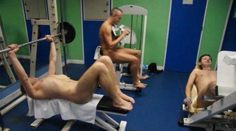 Yunanlılara özendiler, spor salonuna 'çıplaklık' şartı koydular!