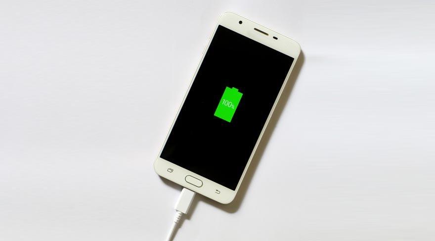 Akıllı telefonunuzun pil ömrünü arttırın!