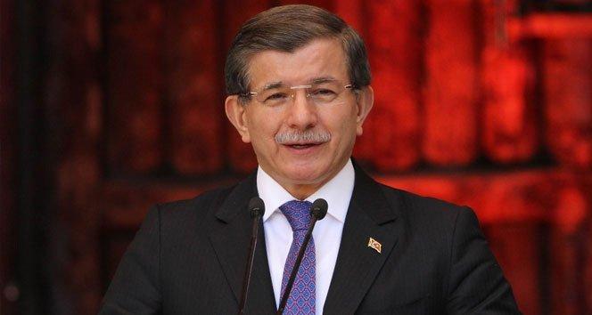 Eski Başbakan Ahmet Davutoğlu da Boğaziçin mezunu...