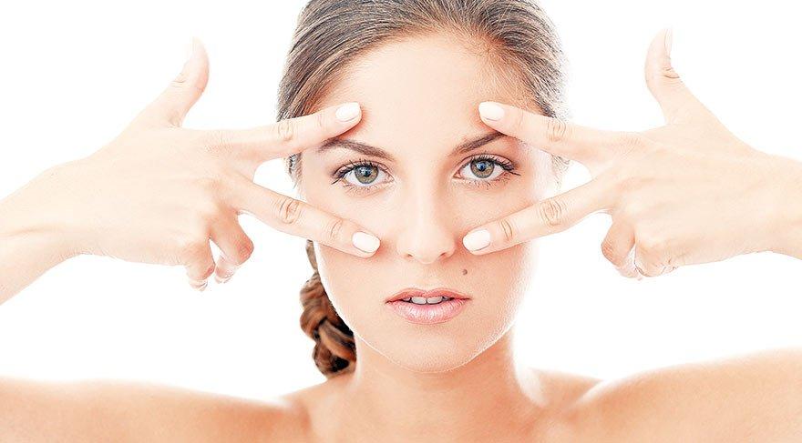 Göz çevresi kırışıklıklarına ameliyatsız çözüm