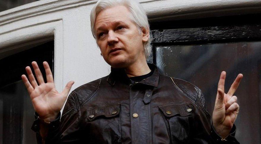Ekvador Assange'a vatandaşlık verdi
