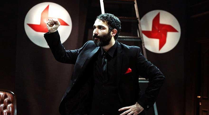 Polis, Barış Atay'ın oynadığı Sadece Diktatör'ü aradı