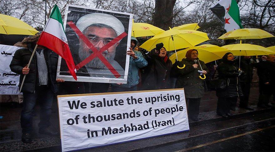'İran İslam Cumhuriyeti' değil 'İran Cumhuriyeti' istiyorlar