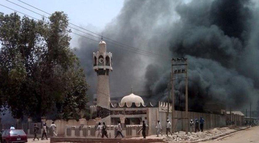 Camiye intihar saldırısı: 11 ölü