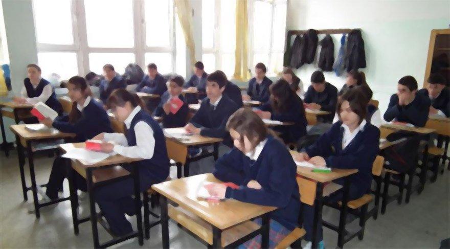 TÜBİTAK projesi adı altında öğrencilere ankette dini sorular soruldu