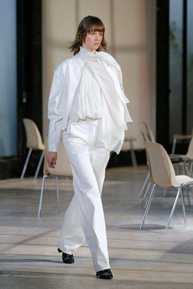beyaz-pantolon
