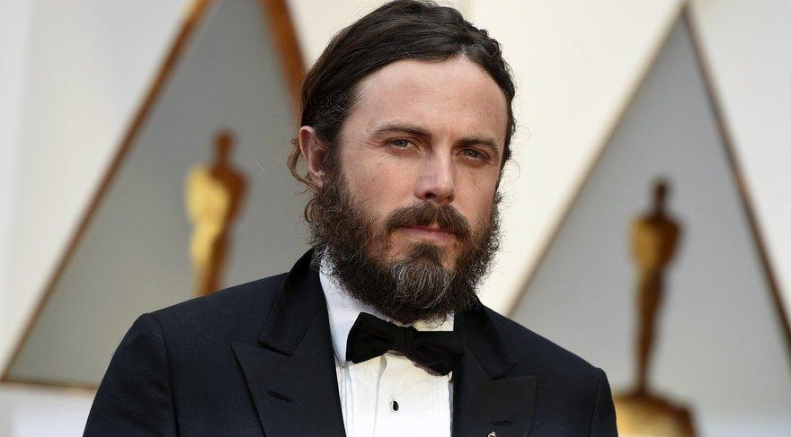 Tacizle suçlanan Casey Affleck Oscar'daki törene katılmayacak