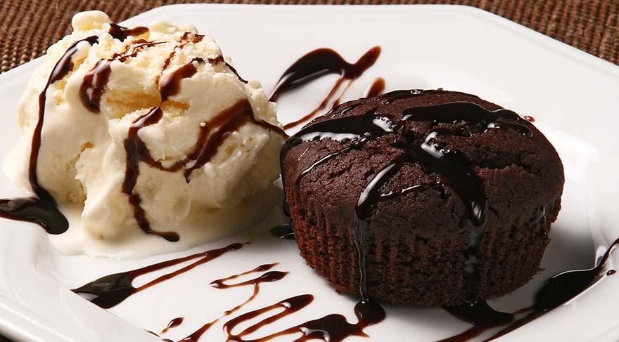 Çikolatalı sufle tarifi: Kıvamını tutturamam diye korkmayın! Sufle nasıl yapılır? İşte gerekli malzemeler…