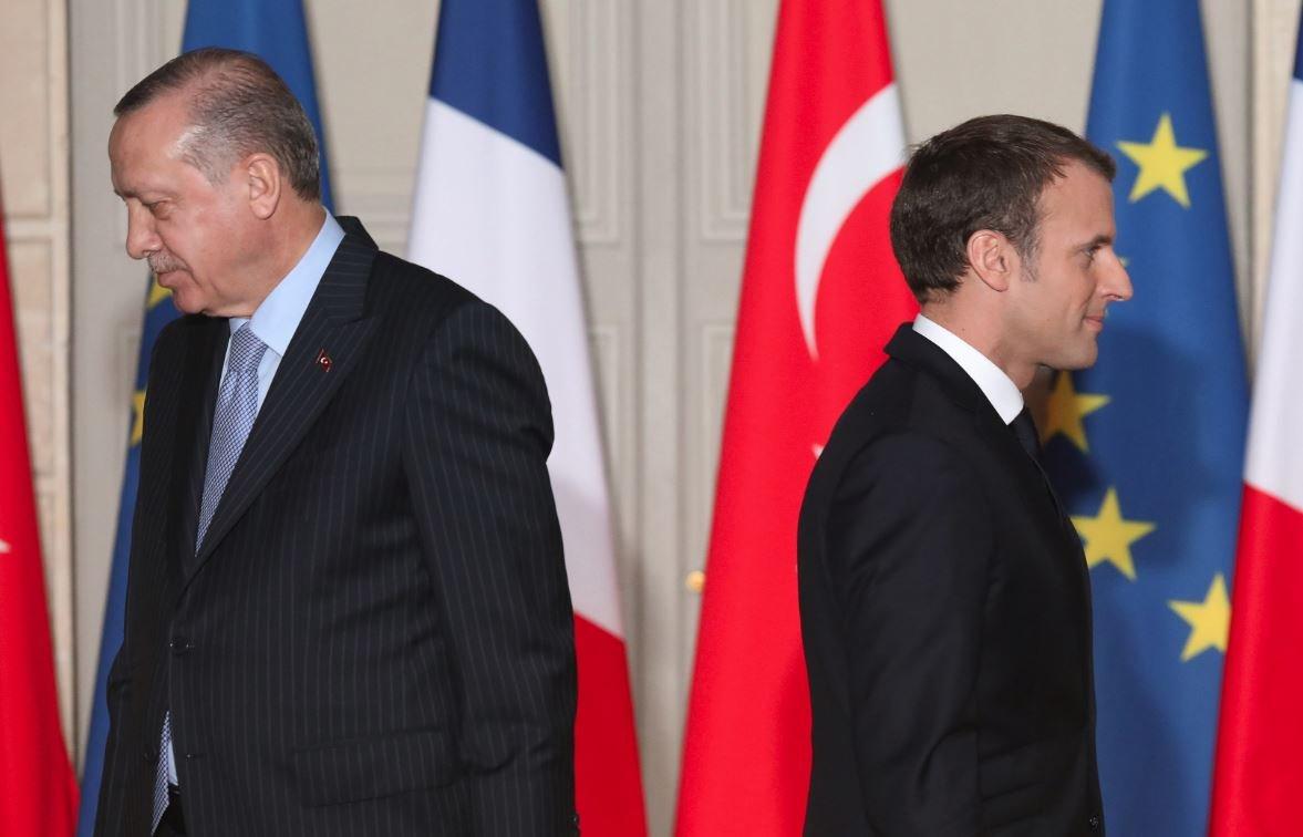 İki lider Elysee Sarayı'nda gündemi değerlendirdi.