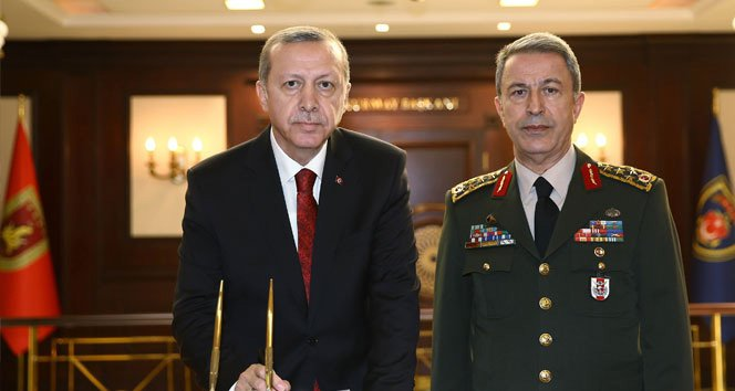 FOTO:İHA - Genelkurmay Başkanı Hulusi Akar da Boğaziçi'nde doktora yapan isimlerden...