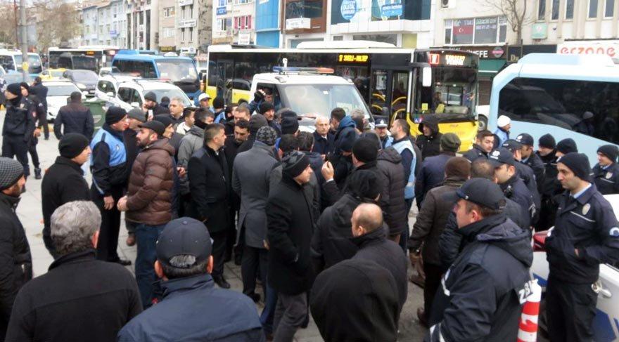 """Kadıköy'de """"otopark"""" gerginliği"""