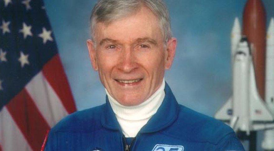 Efsanevi NASA astronotu John Young hayatını kaybetti! John Young kimdir?
