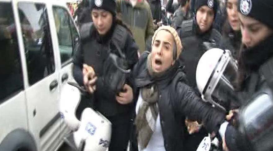 Kadıköy'de Afrin protestosu! Polis müdahale etti... 12 kişi gözaltına alındı