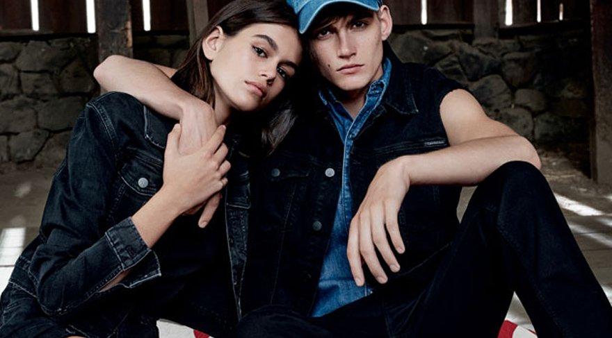 Kaia ve Presley Gerber aynı reklam kampanyasında