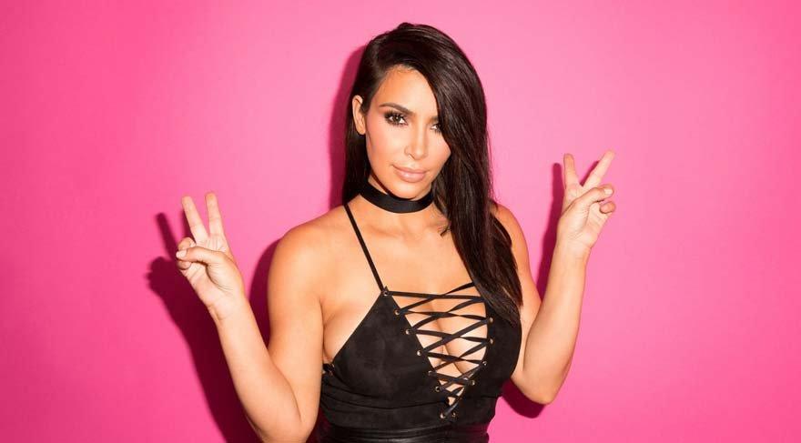 Kim Kardashian'ın yatağından paylaşımı ortalığı salladı