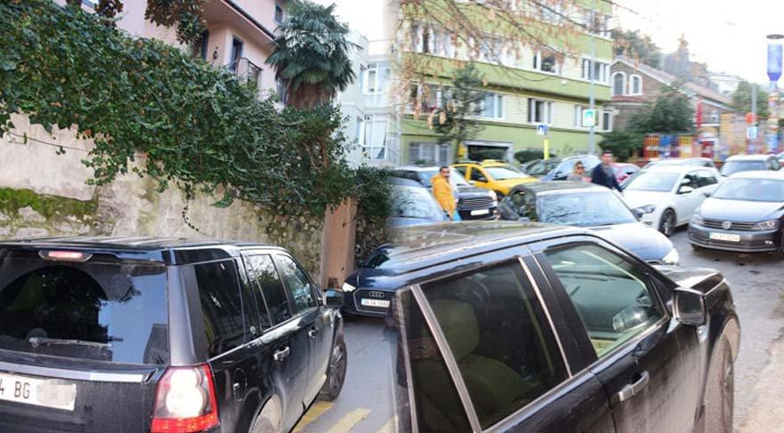 Sinem Kobal, trafiği kilitledi!