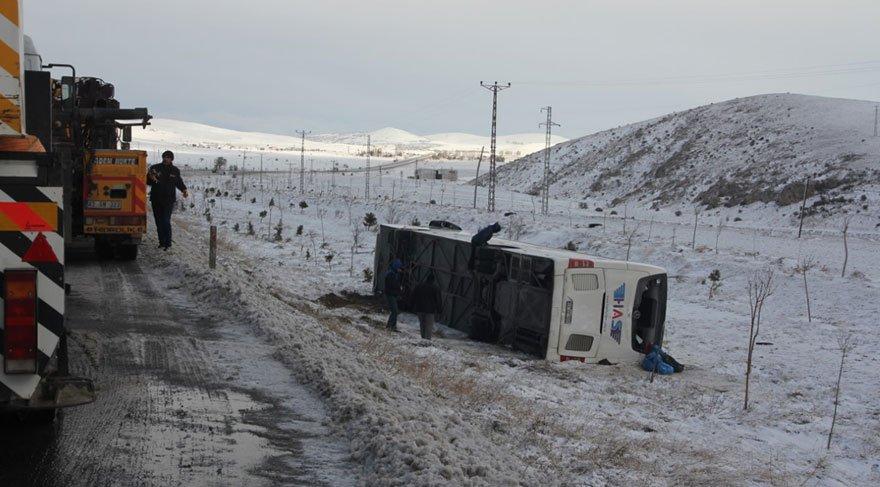 Konya'da da bir otobüs şarampole yuvarlandı: 38 yaralı