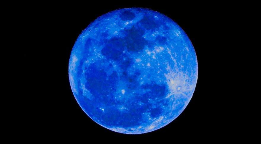Venüsyen Kanlı Mavi Süper Ay Tutulması