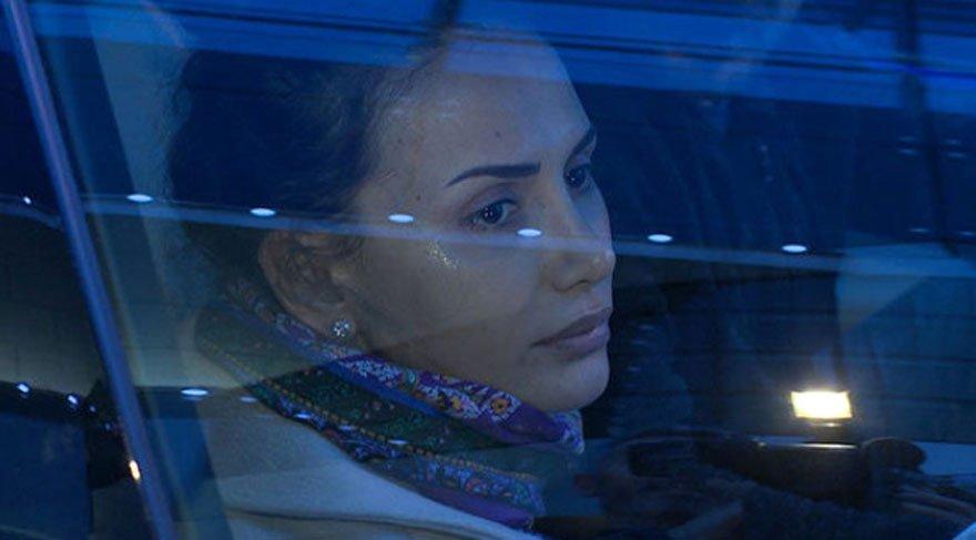 Emina Sandal'ı ağlatan mesaj!
