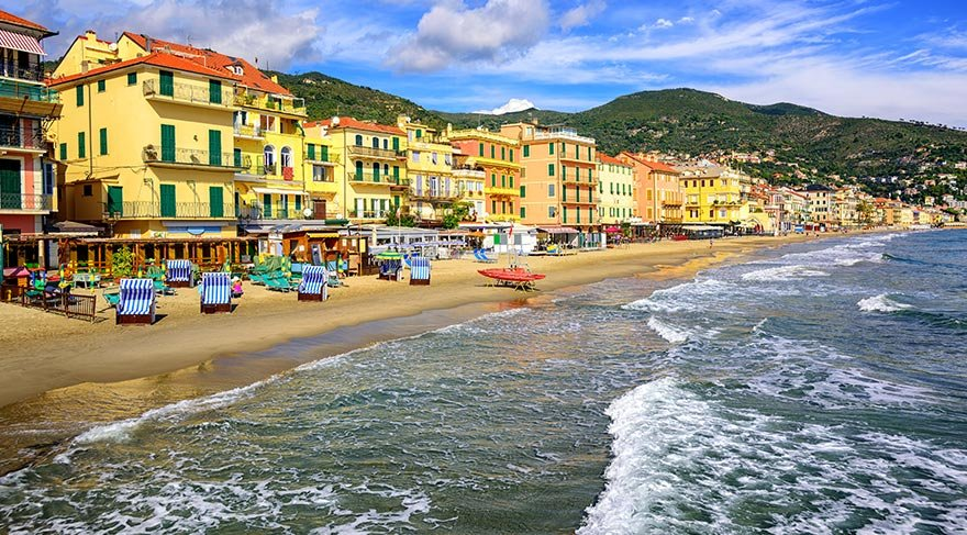 İtalya'nın sahil kasabası San Remo