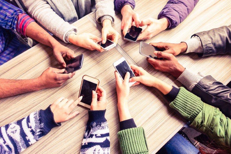 Türkiye'deki kullanıcıların akıllı telefonların en çok yol tarifi özelliğinin farkında olduğu ve en çok da bu özelliği kullandıkları gözlemlenirken, ikinci sırada yazı tahmini ve üçüncü sırada sesle aramanın yer aldığı belirlendi.