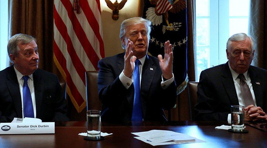 Trump, Filistin'i açıkça tehdit etti