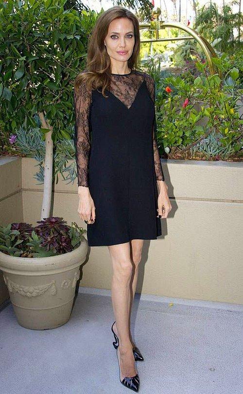 Angelina Jolie Jolie Times'a olayı şöyle anlattı: '1998'de Weinstein'ın tacizine uğradım ve bir daha asla onunla çalışmadım. Diğer kadınları ona karşı uyardım.'