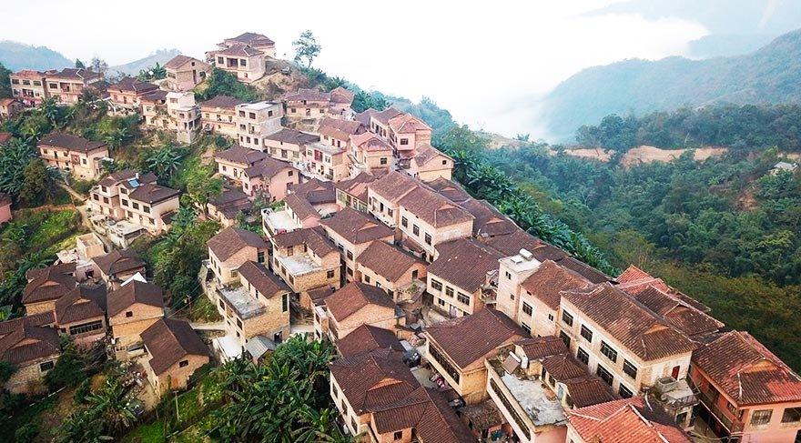 Yaoların köyü Youmai