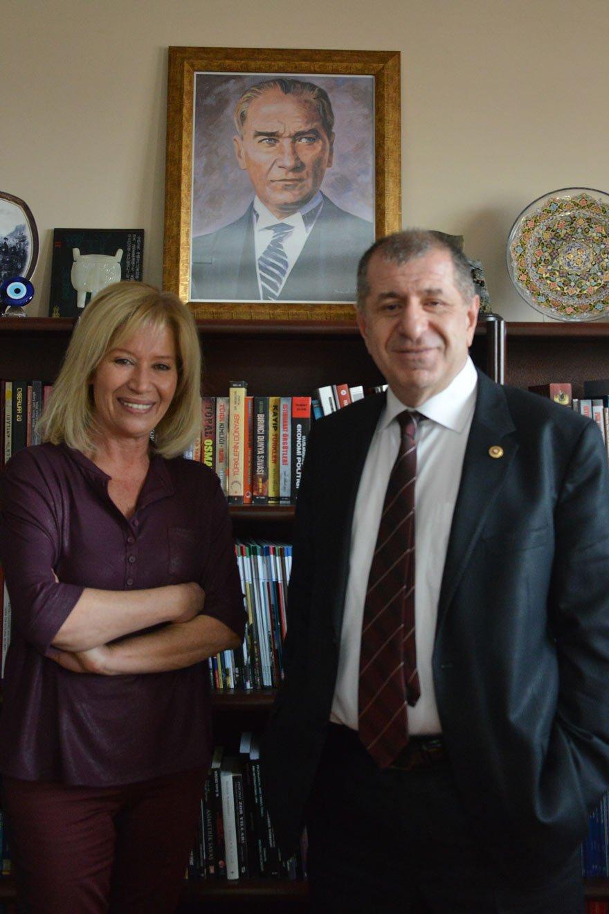 """AFRİN, ASKERİ ANLAMDA GEÇ KALMIŞ BİR HAREKAT İYİ Parti Genel Başkan Yardımcısı Prof. Dr. Ümit Özdağ, Nil Soysal'ın sorularını yanıtladı. Özdağ, """"Afrin Harekatı, askeri anlamda geç kalmış bir harekat olmakla beraber, PKK'nın Akdeniz'e girmesini engelleyecek bir sonuç doğuracak"""" dedi."""