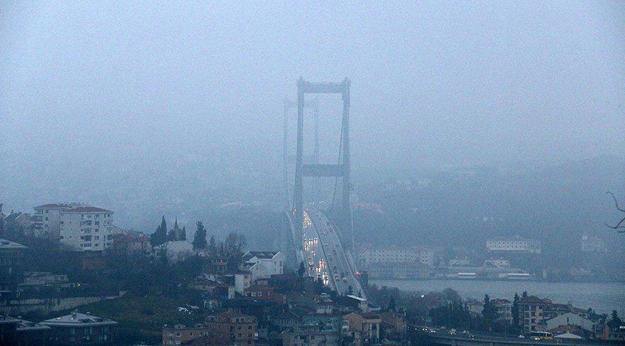 İstanbul'da sis etkili oldu
