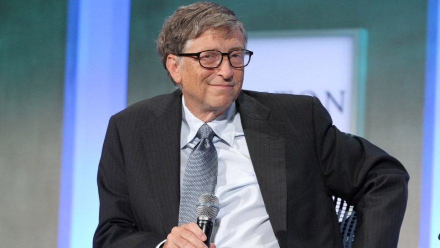 ANKET: Gates: Hükümet iPhone'lara erişebilmeli