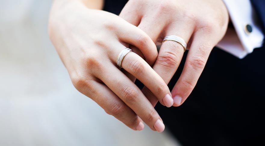 Evliliği yavaş yavaş öldüren konular