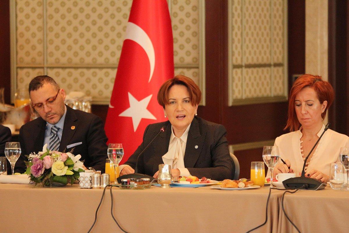 FOTO: DHA / Toplantıya SÖZCÜ Gazetesi Yazı İşleri Müdürü Ferda ÖNGÜN de katıldı.